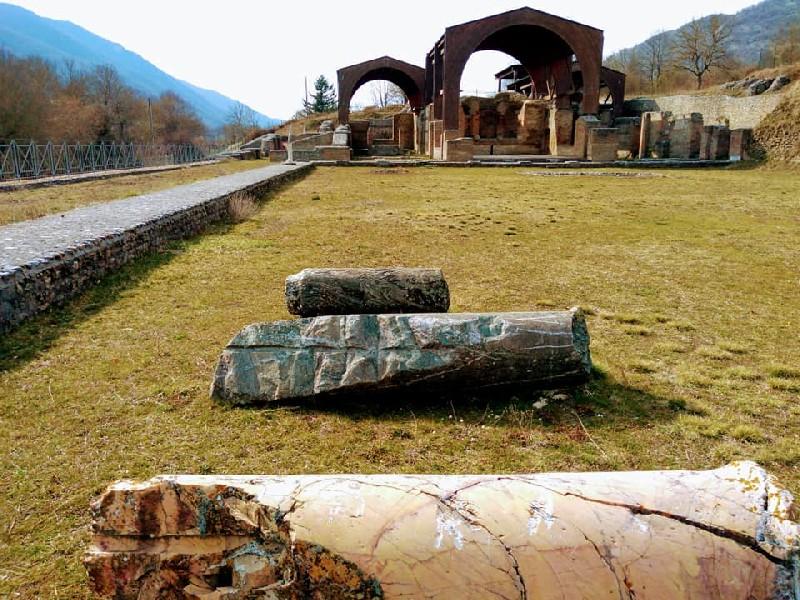https://www.agenziaeventi.org/immagini_news/05-05-2021/arcinazzo-romano-continuano-le-iniziative-di-valorizzazione-per-la-villa-di-traiano-2269-600.jpg