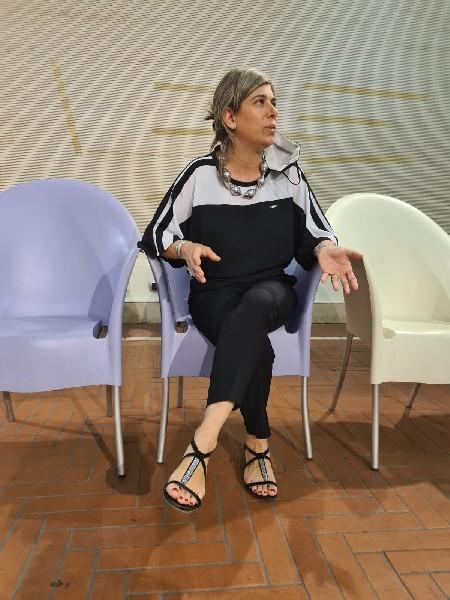 https://www.agenziaeventi.org/immagini_news/08-07-2021/contratto-di-fiume-aniene-alle-scuderie-estensi-di-tivoli-ripartono-gli-incontri-in-presenza-2392-600.jpg