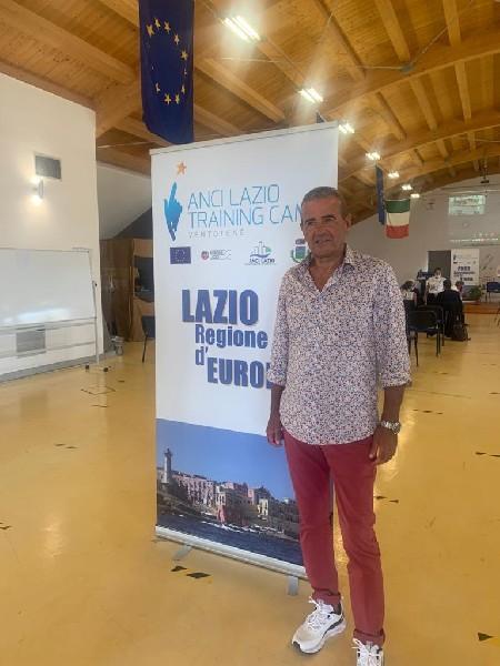 https://www.agenziaeventi.org/immagini_news/14-09-2021/uncem-lazio-training-camp-ventotene-bellucci-trasformare-la-pubblica-amministrazione-per-non-perdere-le-opportunita-del-pnrr-2501-600.jpg