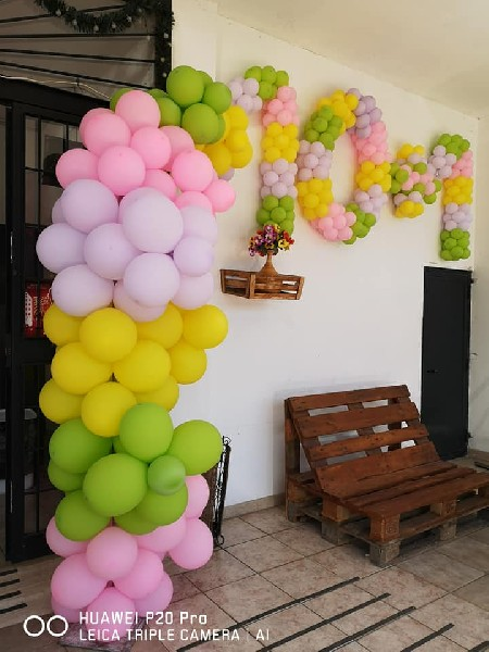 https://www.agenziaeventi.org/immagini_news/15-05-2021/le-follie-del-look-compie-11-anni-di-attivita-auguri-martina-e-ilaria-2298-600.jpg