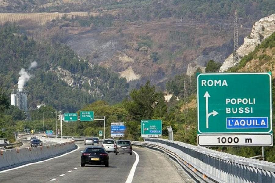 https://www.agenziaeventi.org/immagini_news/2584/x-comunita-montana-dell-aniene-autostrade-a24-a25-continua-la-battaglia-contro-il-caro-pedaggi-2584.jpg